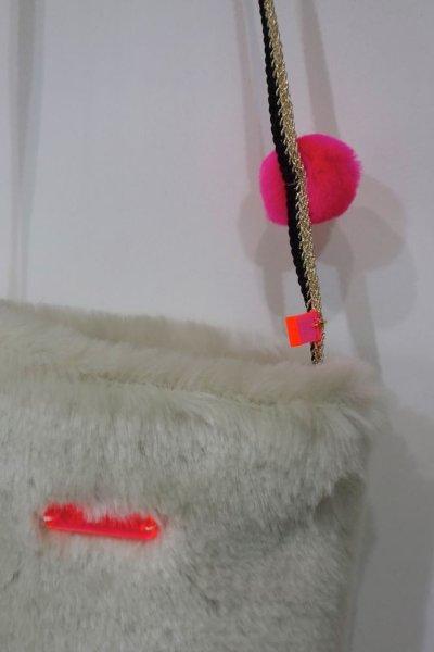 画像2: ATSUYO ET AKIKO フェイクファー ポシェット&ポンポン バッグ